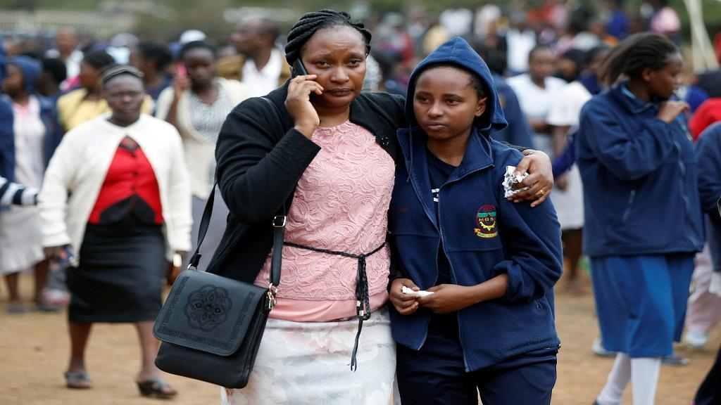 Seven Kenyan teenage schoolgirls died and 10 more were hospitalised after a fire engulfed their boarding school dormitory in Nairobi