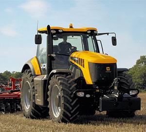 JCB Tractors - MTA-Angola